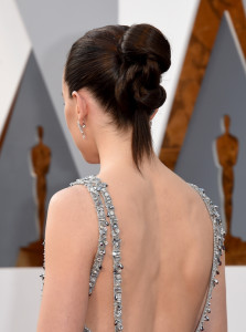 HOLLYWOOD, CA - FEBRUARY 28: Actress Daisy Ridley, hair detail, attends the 88th Annual Academy Awards at Hollywood & Highland Center on February 28, 2016 in Hollywood, California. (Photo by Jason Merritt/Getty Images)