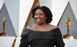 Whoopi Goldberg arrives on the red carpet for the 88th Oscars on February 28, 2016 in Hollywood, California. AFP PHOTO / VALERIE MACON / AFP / VALERIE MACON (Photo credit should read VALERIE MACON/AFP/Getty Images)